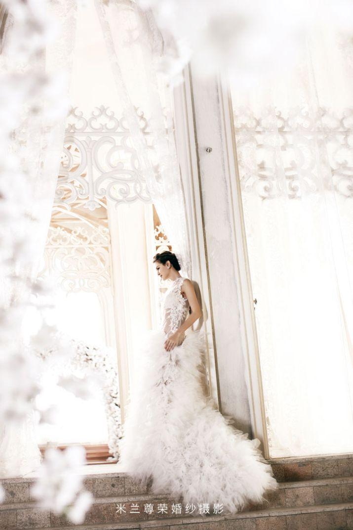 婚纱照如何让新人拍出模特范